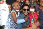 Shreyas Talpade hosts special screening of his film Golmaal Again for the Pediatric Cancer Children of Tata Memorial Hospital on 4th Nov 2017 (30)_59fee12cce14c.JPG