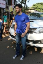 Sooraj Pancholi Celebrating His Birthday With Smile Foundation Kids on 9th Nov 2017 (15)_5a0464a2d221d.JPG