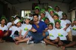 Sooraj Pancholi Celebrating His Birthday With Smile Foundation Kids on 9th Nov 2017 (38)_5a0464b0baae1.JPG