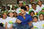 Sooraj Pancholi Celebrating His Birthday With Smile Foundation Kids on 9th Nov 2017 (47)_5a0464b5dd7ea.JPG