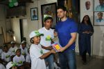 Sooraj Pancholi Celebrating His Birthday With Smile Foundation Kids on 9th Nov 2017 (59)_5a0464bceddb3.JPG