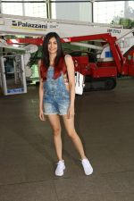 Adah Sharma Spotted At Airport on 11th Nov 2017 (10)_5a091dcf6ee4a.JPG