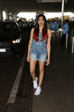 Adah Sharma Spotted At Airport on 11th Nov 2017 (3)_5a091dc4ee61c.JPG
