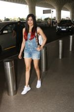 Adah Sharma Spotted At Airport on 11th Nov 2017 (6)_5a091dc9ac3ac.JPG