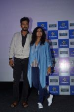 Irrfan Khan, Parvathy at the special Screening of Qarib Qarib Singlle on 10th Nov 2017 (42)_5a091a1fac908.JPG