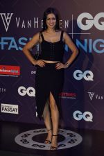 Maryam Zakaria at Van Heusen and GQ Fashion Nights 2017 on 11th Nov 2017  (267)_5a096e46eded7.JPG