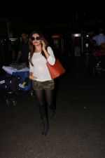 Monica Bedi Spotted At Airport on 11th Nov 2017 (3)_5a091e115278c.JPG