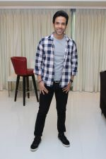 Tusshar Kapoor celebrating success of Golmaal Again on 13th Nov 2017