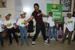 Jackky Bhagnani Meet Smile Foundation Kids To Celebrate Children Day on 14th Nov 2017 (1)_5a0bc41c42ab2.JPG