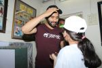 Jackky Bhagnani Meet Smile Foundation Kids To Celebrate Children Day on 14th Nov 2017 (12)_5a0bc4245c100.JPG