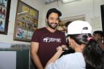 Jackky Bhagnani Meet Smile Foundation Kids To Celebrate Children Day on 14th Nov 2017 (15)_5a0bc42611caa.JPG