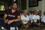 Jackky Bhagnani Meet Smile Foundation Kids To Celebrate Children Day on 14th Nov 2017 (19)_5a0bc570648dd.JPG