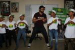 Jackky Bhagnani Meet Smile Foundation Kids To Celebrate Children Day on 14th Nov 2017 (24)_5a0bc42b132a9.JPG