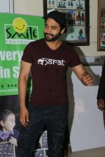 Jackky Bhagnani Meet Smile Foundation Kids To Celebrate Children Day on 14th Nov 2017 (53)_5a0bc43b9d406.JPG