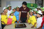 Jackky Bhagnani Meet Smile Foundation Kids To Celebrate Children Day on 14th Nov 2017 (54)_5a0bc43c50c85.JPG