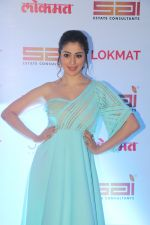Raai Laxmi at the Red Carpet Of 2nd Edition Of Lokmat  Maharashtra_s Most Stylish Awards on 14th Nov 2017 (158)_5a0be2edee335.jpg
