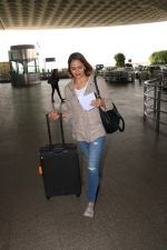Ahana Deol Spotted At Aiport on 16th Nov 2017 (10)_5a0d5a57ad3c3.JPG