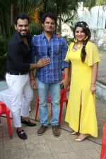 Anara Gupta, Karan Singh Prince On Location shoot of Album Tera Photo on 15th Nov 2017 (68)_5a0d0cbf1ff3a.JPG