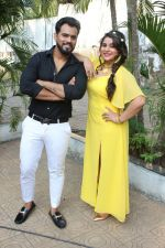 Anara Gupta, Karan Singh Prince On Location shoot of Album Tera Photo on 15th Nov 2017 (84)_5a0d0cc3e1f70.JPG