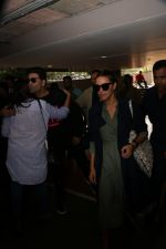 Karan Johar, Neha Dhupia Spotted At Airport on 18th Nov 2017 (32)_5a1023fb3ae35.JPG