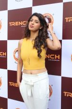 Aishwarya Sakhuja At Trench The Choclate Room Launch on 18th Nov 2017 (15)_5a11ae7fbefb4.JPG