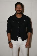 Shreyas Talpade at a party for Ed Sheeran hosted by Farah Khan at her house on 19th Nov 2017 (13)_5a130ce386ed2.jpg