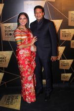 Lara Dutta, Mahesh Bhupathi at the Red Carpet Of The Runway Project on 20th Nov 2017 (35)_5a1397c6b32c2.JPG