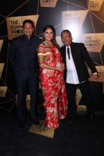 Lara Dutta, Mahesh Bhupathi at the Red Carpet Of The Runway Project on 20th Nov 2017 (37)_5a1397c770ec7.JPG