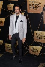 Upen Patel at the Red Carpet Of The Runway Project on 20th Nov 2017 (40)_5a13987290f37.JPG