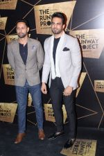 Upen Patel at the Red Carpet Of The Runway Project on 20th Nov 2017 (41)_5a1398732900e.JPG