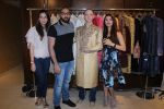 Aashka Goradia, Brent Goble at the Designer Duo Pawan & Pranav designs Wedding Outfit for Brent Goble on 22nd Nov 2017 (20)_5a16538d63dc6.JPG