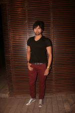 Himesh Reshammiya at the Birthday Party Of Bhushan Kumar on 25th Nov 2017 (24)_5a1ac256c8c3b.JPG