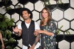 Bipasha Basu at Karan Singh Grover Live Performing Gig in Arth Bandra on 25th Nov 2017 (21)_5a1bad0fce846.JPG