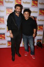 Deepak Tijori, Ali Asgar at the Red Carpet Of SAB TV New Show PARTNERS on 28th Nov 2017 (55)_5a1e382167781.JPG