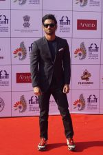 Sushant Singh Rajput At IFFI 2017 Closing Ceremony in Mumbai on 28th Nov 2017 (43)_5a1e3e60248eb.JPG
