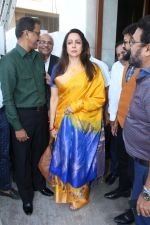 Hema Malini at the Launch Of One For All-All For One A Tribute To The Indian Soldier on 29th Nov 2017 (38)_5a1fa418367f6.JPG
