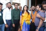 Hema Malini at the Launch Of One For All-All For One A Tribute To The Indian Soldier on 29th Nov 2017 (40)_5a1fa4195f6c8.JPG
