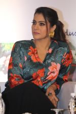 Kajol at the Launch Of Lifebuoy_s Help A Child Reach 5 Campaign on 29th Nov 2017 (19)_5a1fa47017287.JPG