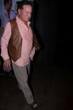 Salim Khan at the Special Screening Of Film Tera Intezaar on 29th Nov 2017 (30)_5a1fa94e3849c.JPG