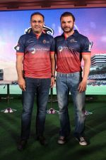 Sohail Khan, Virender Sehwag at the Launch Of Maratha Arabians Team Jersey & Set For A Fresh Battle Ground In Arabian Land on 30th Nov 2017 (56)_5a20119352f13.JPG