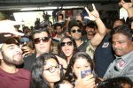 Pulkit Samrat, Richa Chadda, Manjot Singh, Varun Sharma at Fukrey Returns Cast Visit Andheri Metro Station on 30th Nov 2017 (37)_5a215f8f2dcb4.JPG