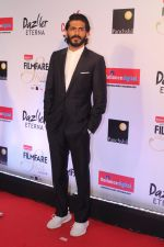 Harshvardhan Kapoor at the Red Carpet Of Filmfare Glamour & Style Awards on 1st Dec 2017 (220)_5a2245e6bffea.JPG