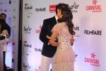 Hrithik Roshan, Alia Bhatt at the Red Carpet Of Filmfare Glamour & Style Awards on 1st Dec 2017
