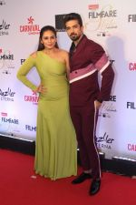 Huma Qureshi, Saqib Saleem at the Red Carpet Of Filmfare Glamour & Style Awards on 1st Dec 2017