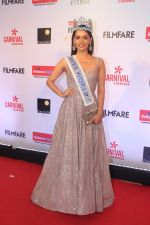 Manushi Chillar at the Red Carpet Of Filmfare Glamour & Style Awards on 1st Dec 2017 (104)_5a22487acd4ea.JPG