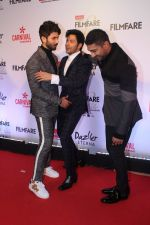 Shahid Kapoor, Varun Dhawan, Prateik Babbar at the Red Carpet Of Filmfare Glamour & Style Awards on 1st Dec 2017
