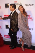 Sonakshi Sinha, Karan Johar at the Red Carpet Of Filmfare Glamour & Style Awards on 1st Dec 2017