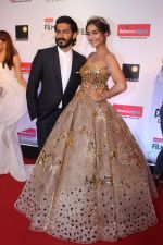 Sonam Kapoor, Harshvardhan Kapoor at the Red Carpet Of Filmfare Glamour & Style Awards on 1st Dec 2017