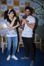 Soha Ali Khan, Kunal Khemu Support Adoptathon 2017 Campaign on 2nd Dec 2017 (22)_5a23982b527b0.JPG