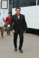 Govinda On the Sets Of Super Dancer - Chapter 2 on 4th Dec 2017 (11)_5a26326aab35c.JPG
